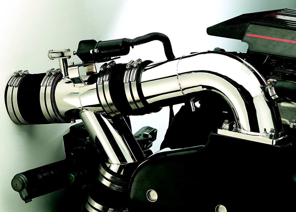 Gil exhaust systems and manifolds